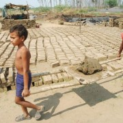 Pakistan-Slavery and crime against thousands of Christians in Brick Kiln industry